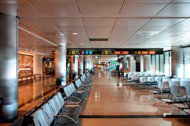 f634c111660 Adolfo Suárez Madrid-Barajas Airport (IATA: MAD, ICAO: LEMD) has